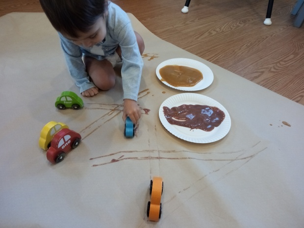 Painting with Baby Food (4)
