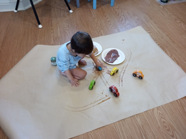 Painting with Baby Food (5)