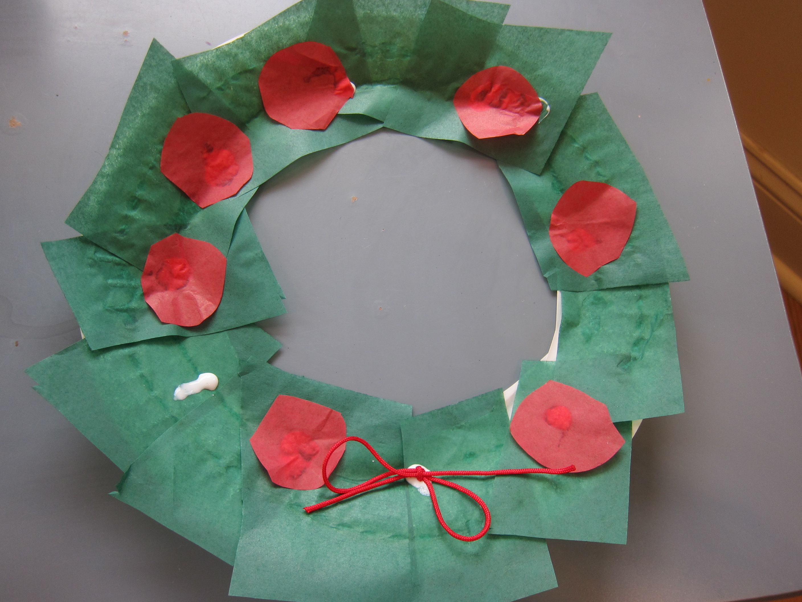 Paper Plate Wreath (6)