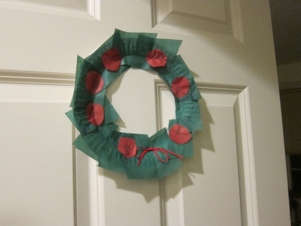 Paper Plate Wreath (7)