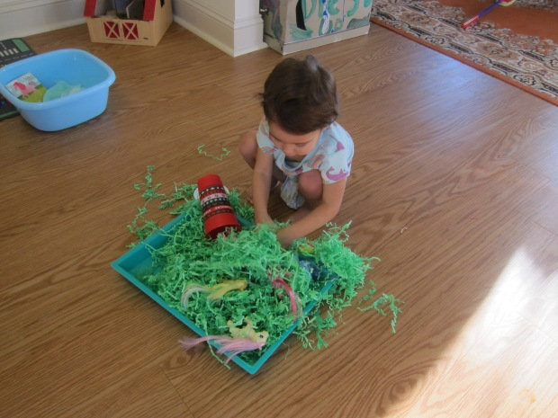 Shredded Paper Sandbox (6)