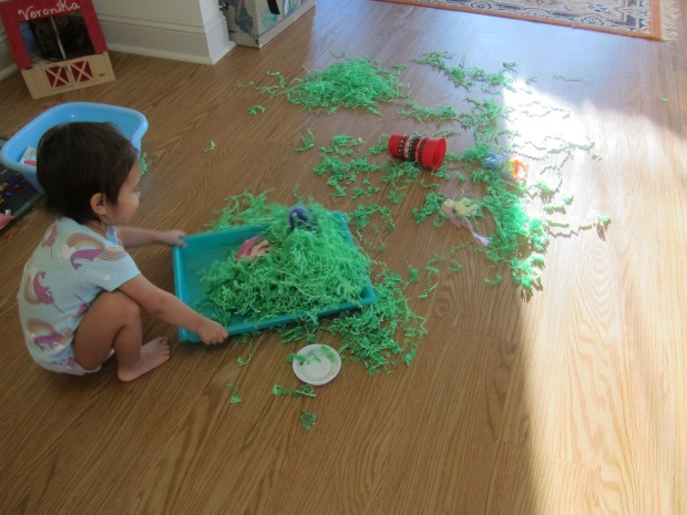Shredded Paper Sandbox (8)