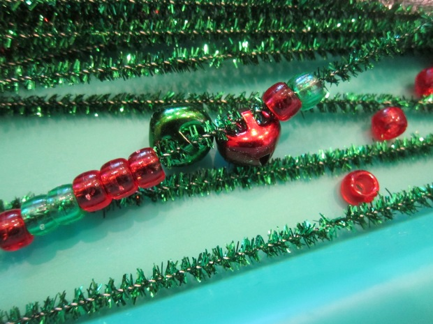 Threading Christmas Pipe Cleaners (3)
