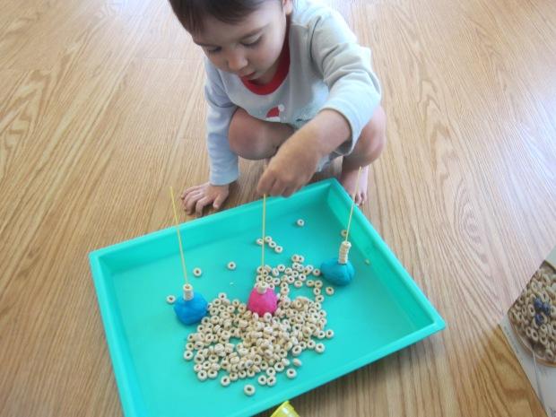 Basic Cereal Threading (5)