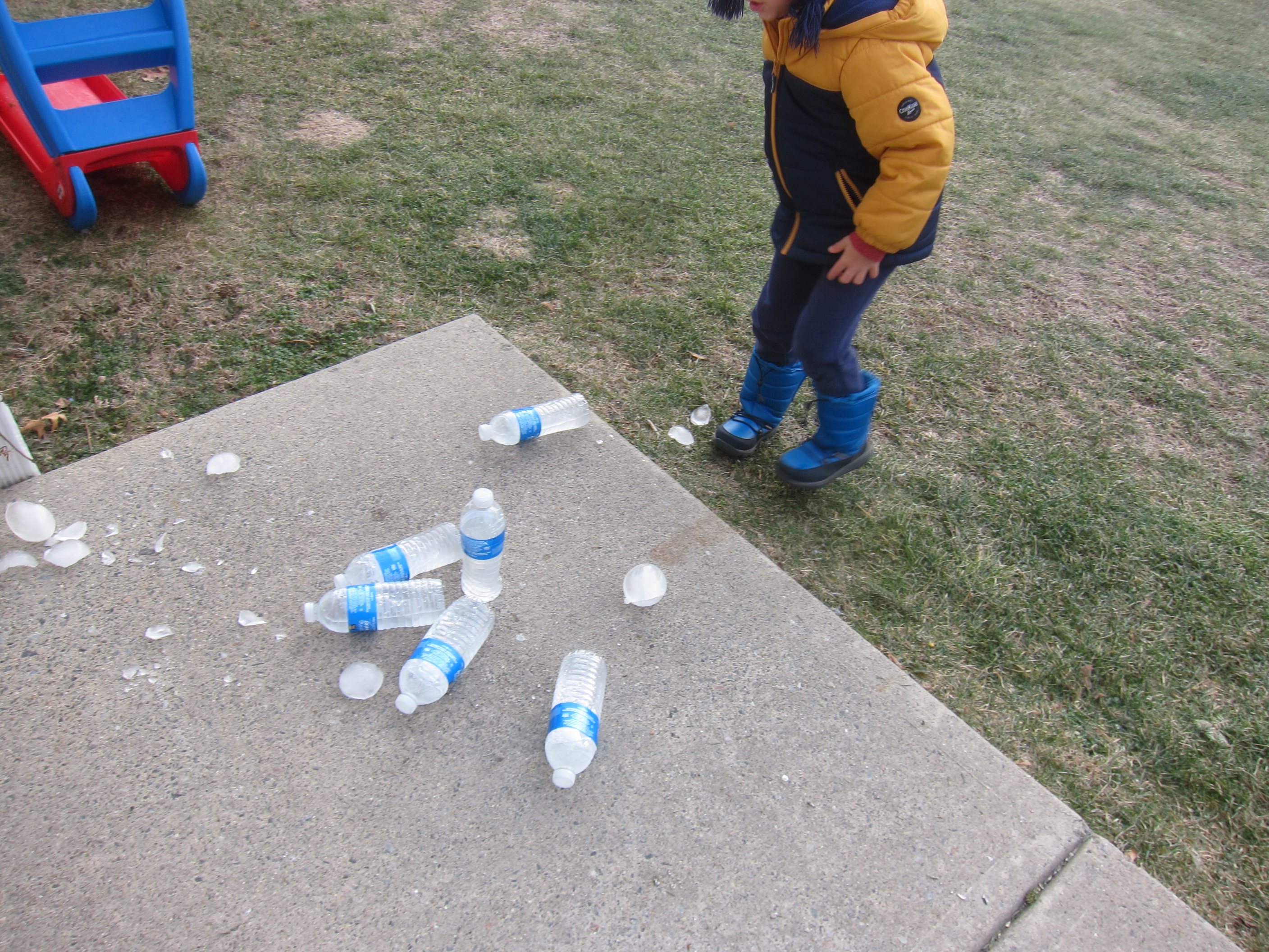 Ice Bowling (5)