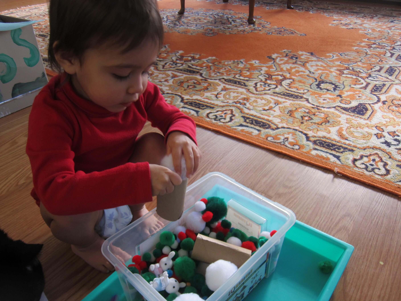 Pom Pom Busy Box (10)