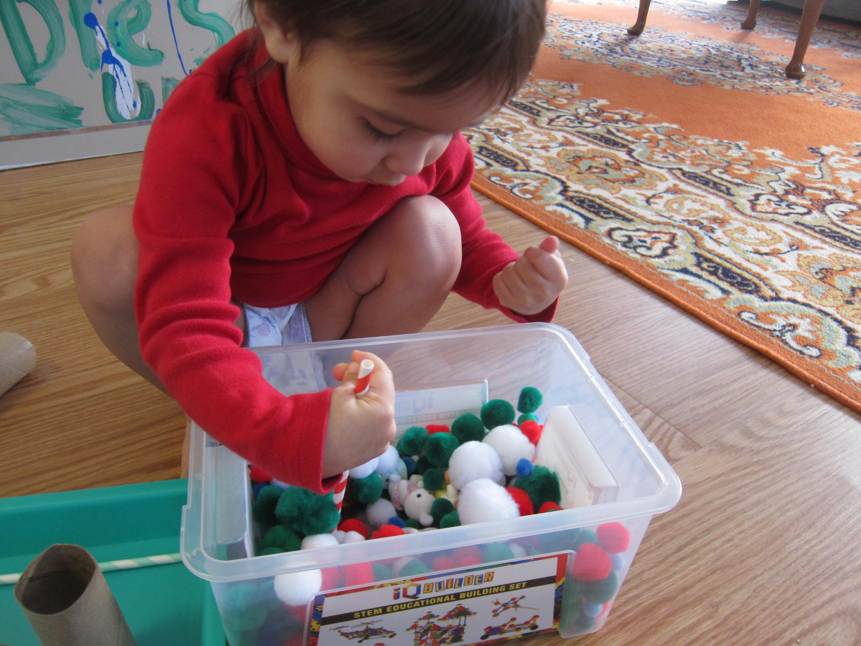Pom Pom Busy Box (13)