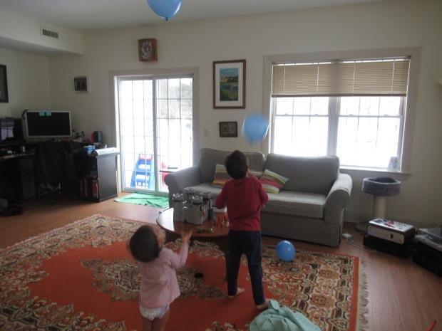 Helium Balloon Fun (9)