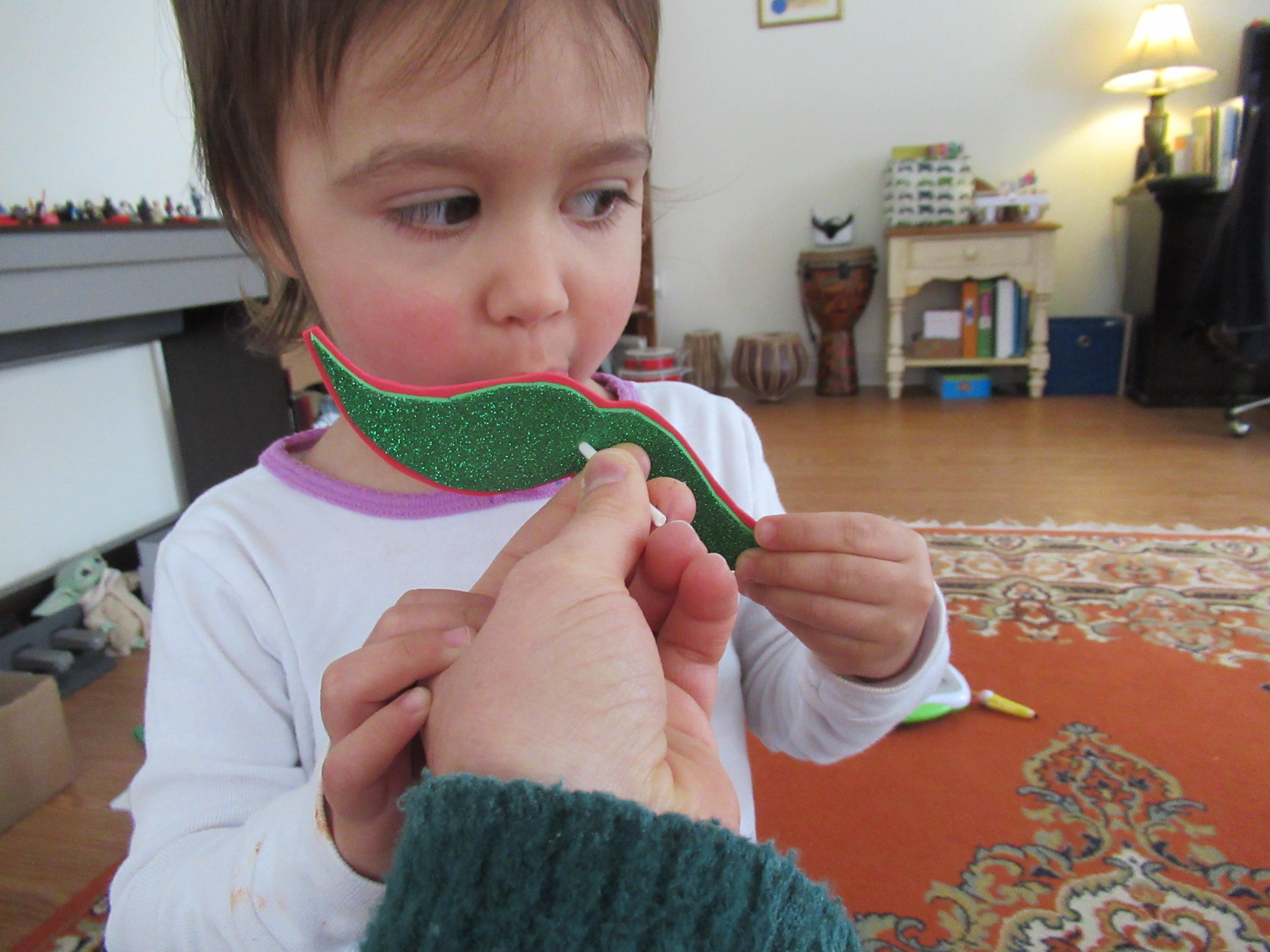 Mustache Pops (10)