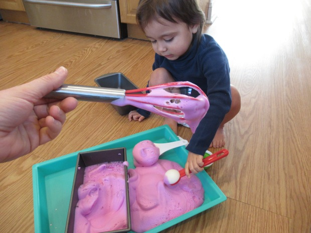 VDay Soapy Sensory Foam (4)