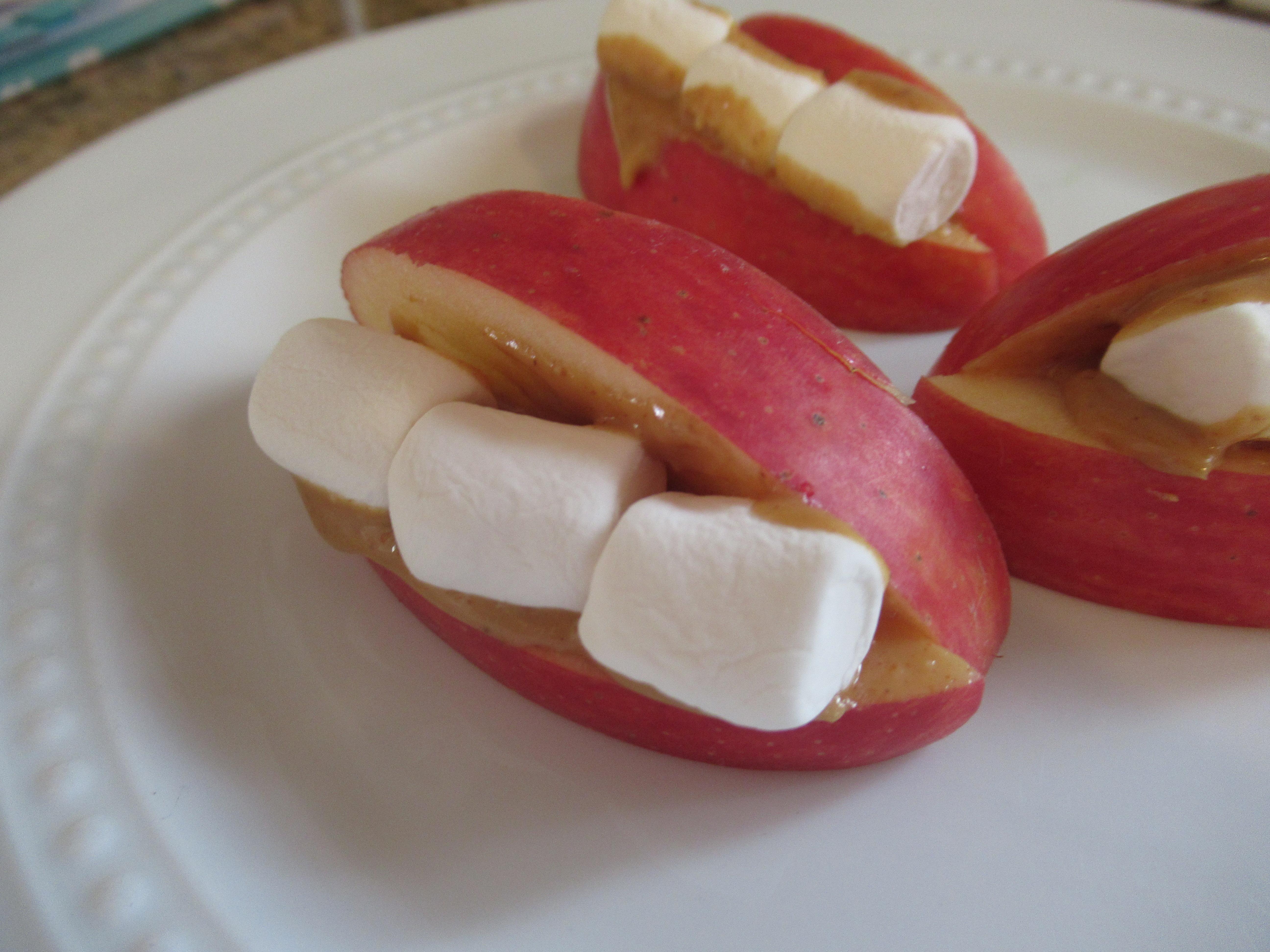 Apple Smiles (2)