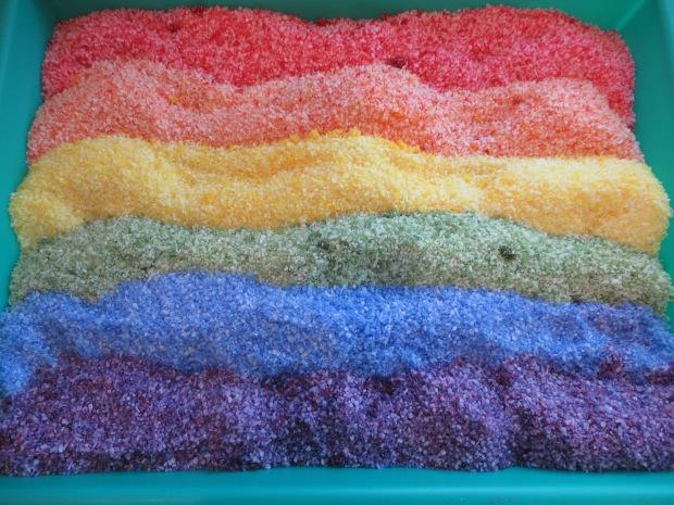 DIY Rainbow Salt (2)