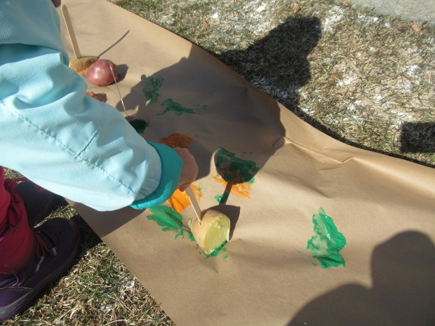 Messy Potato Drop Paint (9)