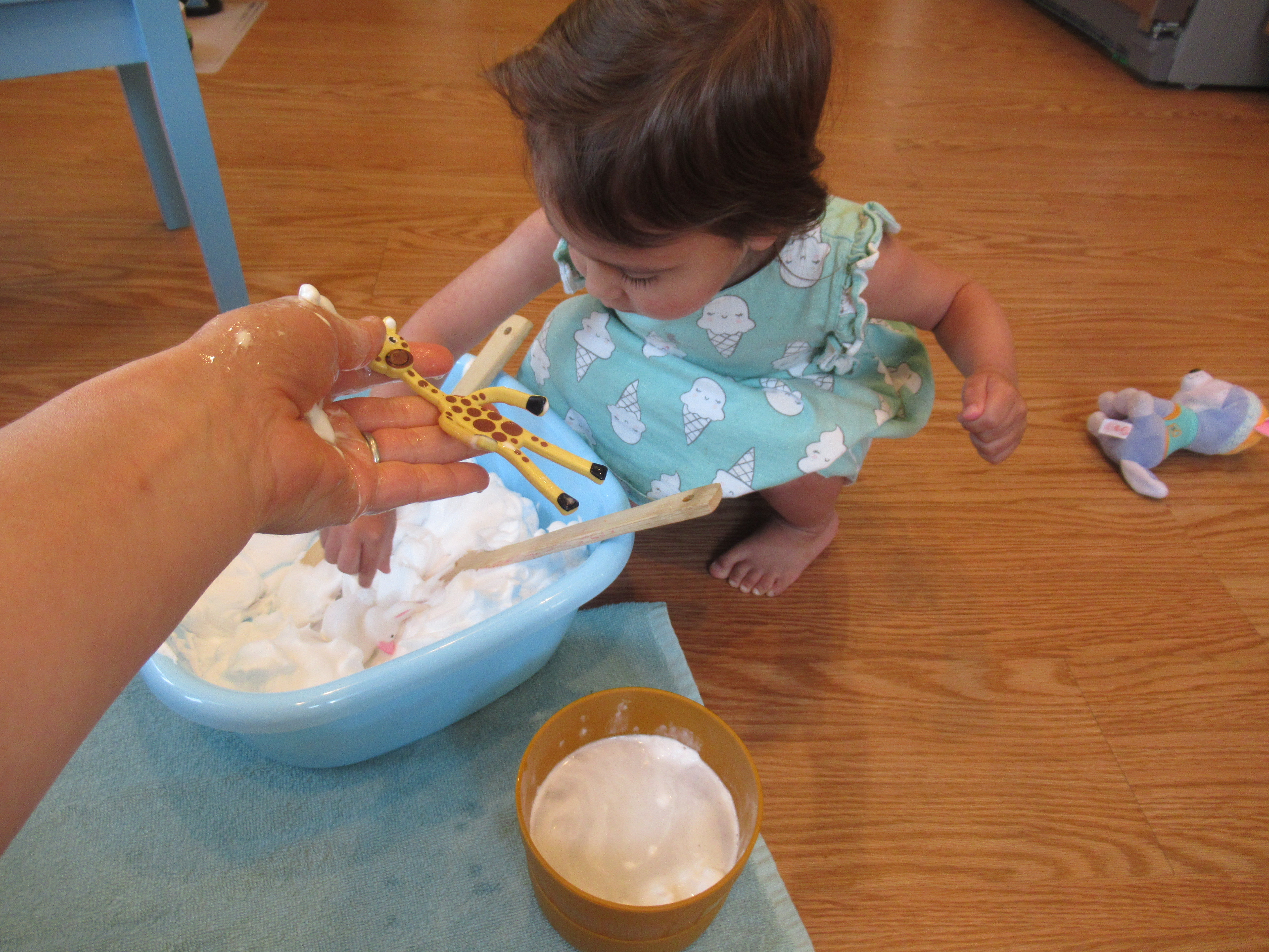 Shaving Cream Squish (7)